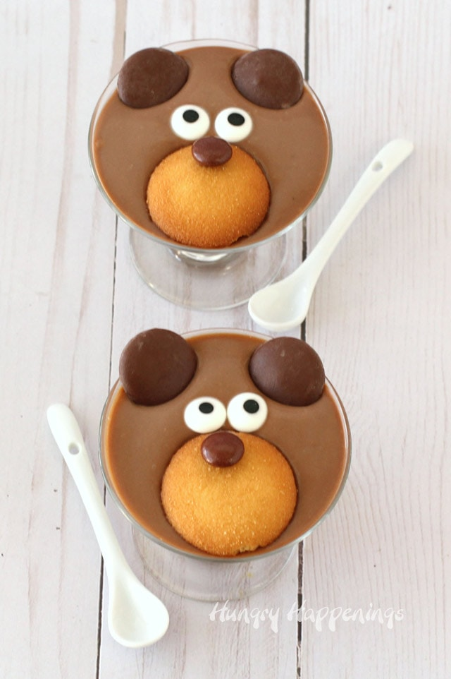 Chocolate pudding teddy bears. Fun food for kids.