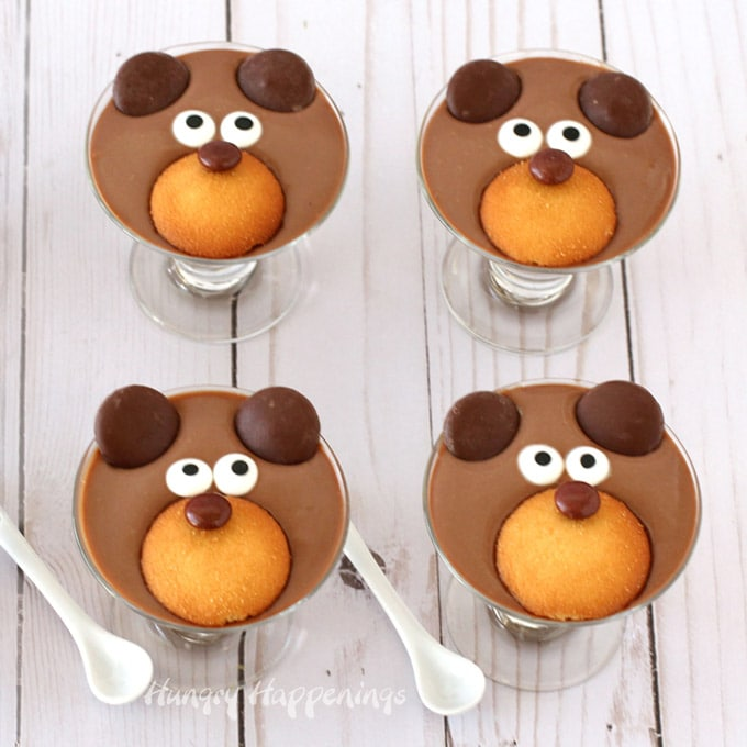 milk chocolate pudding bears cute Valentine's Day dessert