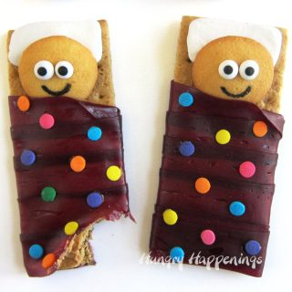 Sleeping Bag Snacks Graham Crackers and Cookies
