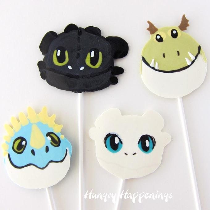 Night Fury (Toothless), Meatlug, Stormfly, and Light Furry chocolate lollipops.