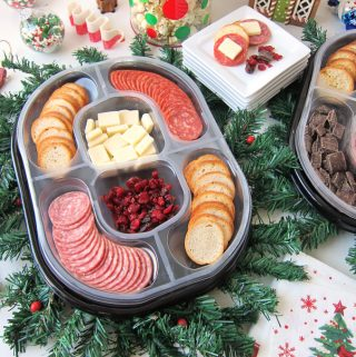 Holiday entertaining is made easy with Hillshire Farms Social Platters. Each ready-to-serve tray features fresh deli meats, cheese, toasted rounds, and a sweet treat.