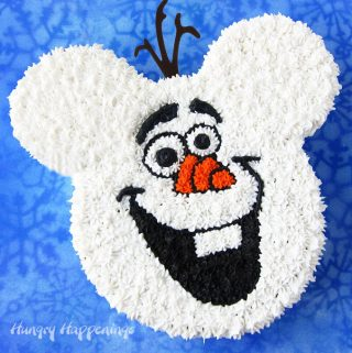 Decorate this cute Olaf Mickey Cake for your Disney Frozen party. It's easy to create using a simple cake decorating technique.